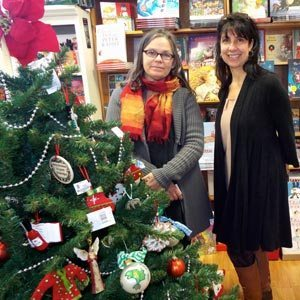 Dolphin Book Shop owner Judith Mitzner (l.) and manager Robin Appel