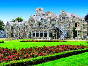Hempstead House, the 50,000-square-foot mansion at Sands Point Preserve, exemplifies Gatsby-era opulence.