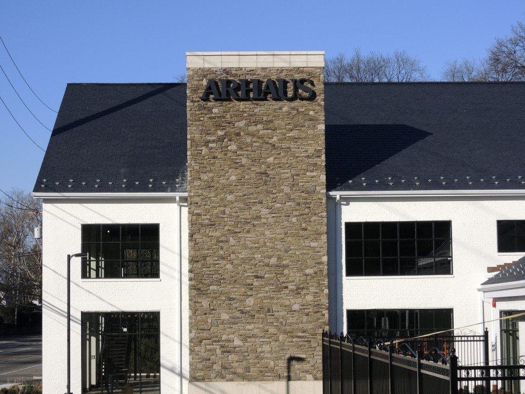 Arhaus_012016A